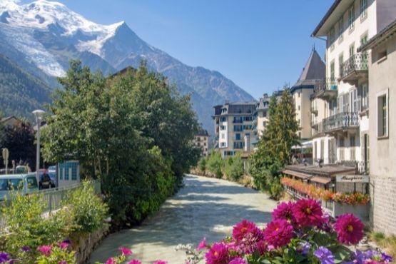 Guide touristique Valgelon La Rochette Savoie avec taxi